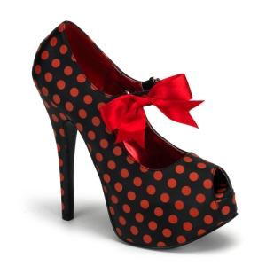 Red and black polka dot pump.